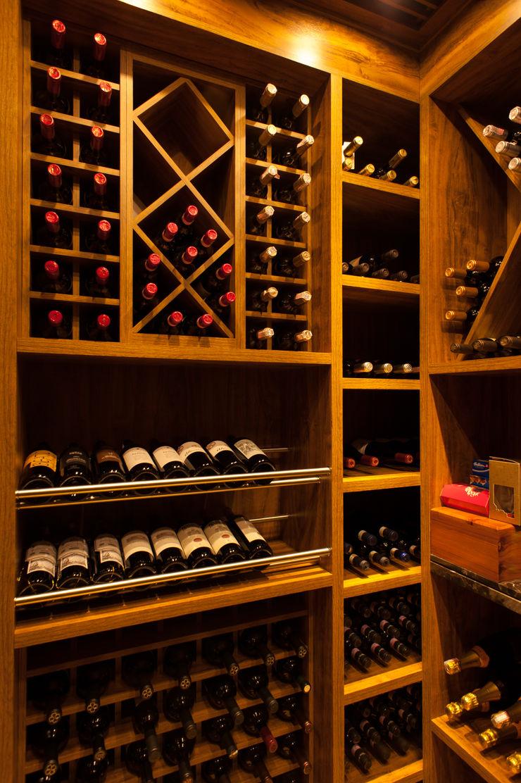 PM Arquitetura Ruang Penyimpanan Wine/Anggur Modern