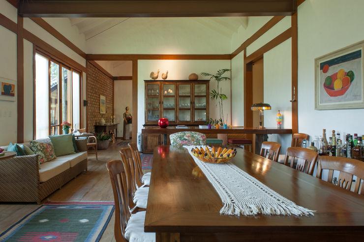 PM Arquitetura Ruang Makan Gaya Rustic