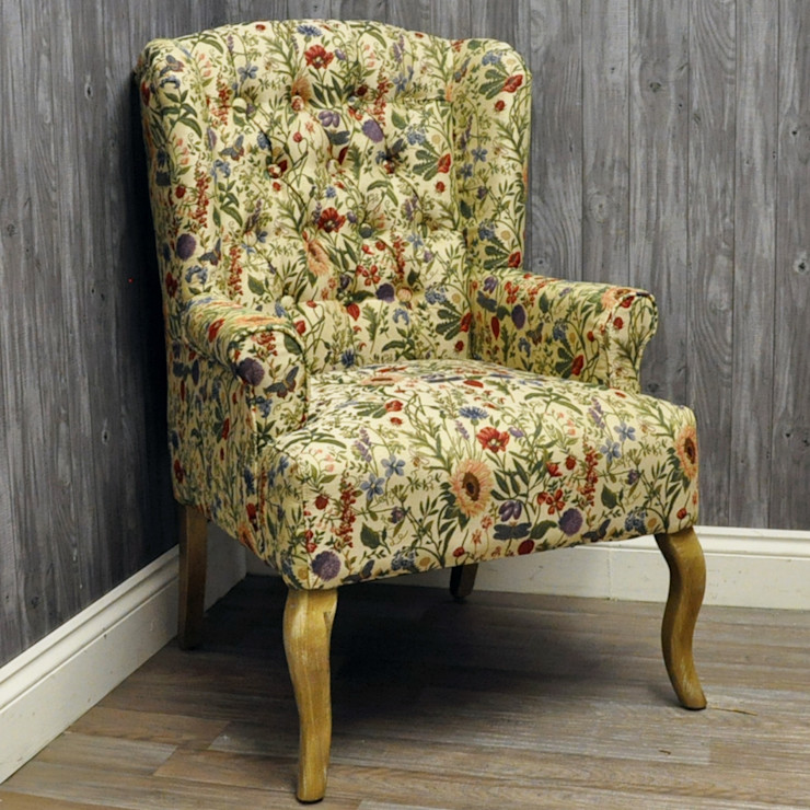 English Flowers Traditional Button Back Wing Chair Acacia Home SoggiornoDivani & Poltrone