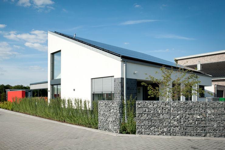 Architekturbüro J. + J. Viethen Casas de estilo moderno