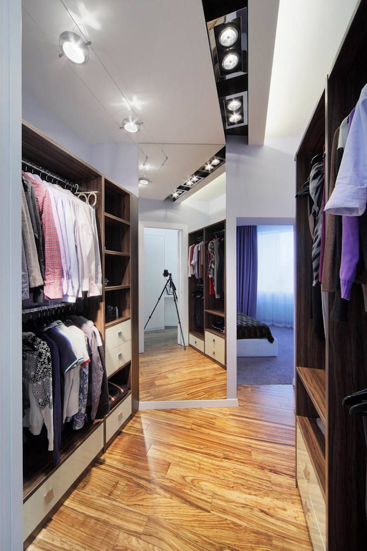 Галина Глебова Walk in closets de estilo minimalista