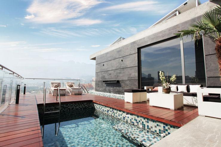 Diez y Nueve Grados Arquitectos Piscine moderne