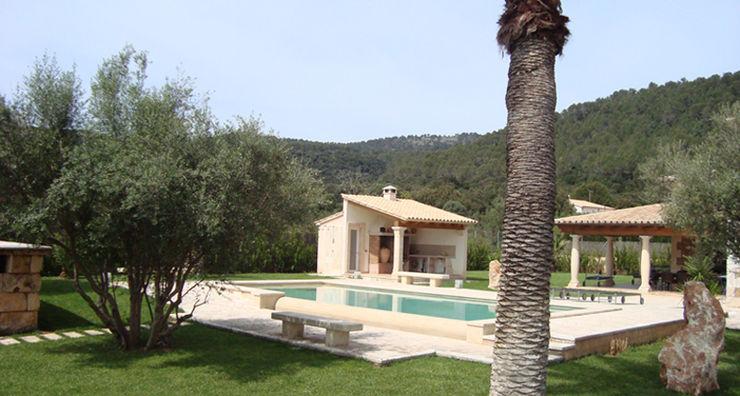 Construcción de una vivienda unifamiliar en S'Obac (Sa Pobla) por Diego Cuttone Diego Cuttone, arquitectos en Mallorca Casas unifamilares Piedra Marrón