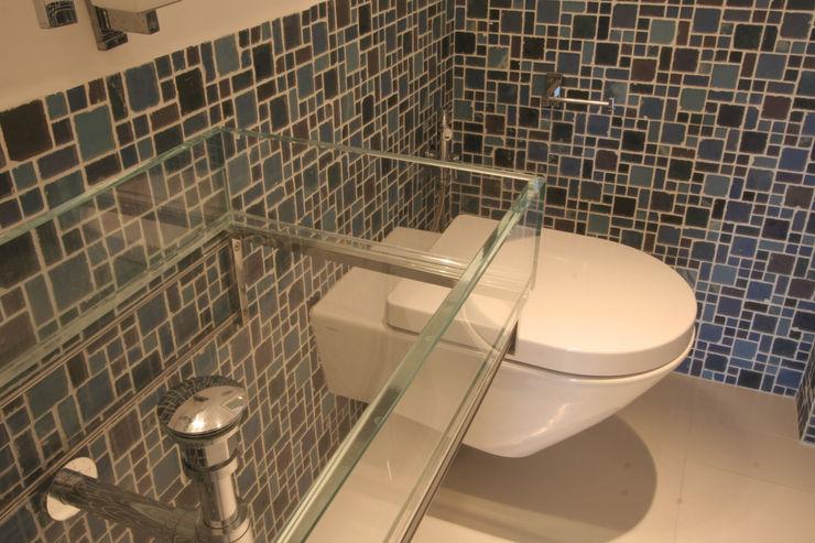 Imperatore Architetti Mediterranean style bathrooms