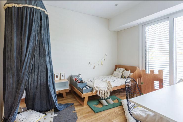 La Casa G: La Casa Sustentable en Argentina. La Casa G: La Casa Sustentable en Argentina Dormitorios infantiles modernos: