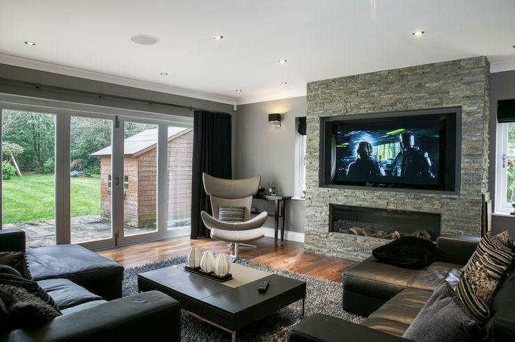 Hata Smart Home Finite Solutions Modern living room