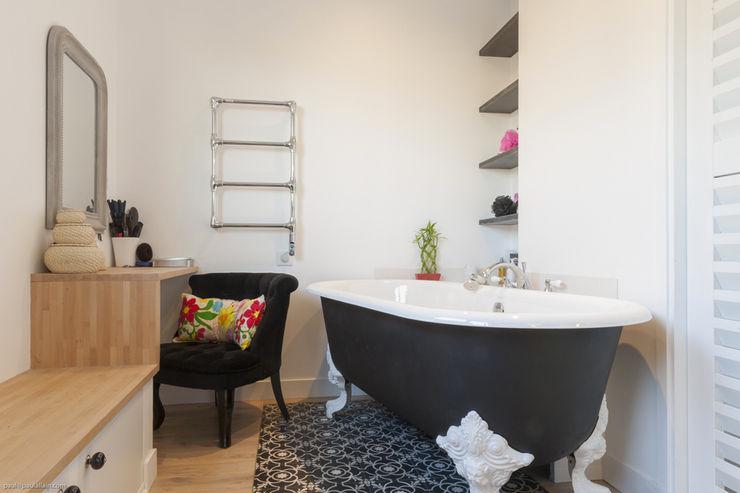 Salle de bain maéma architectes Salle de bain moderne