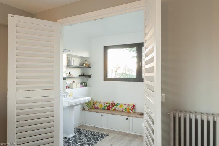 Vers la salle de bain maéma architectes Salle de bain moderne