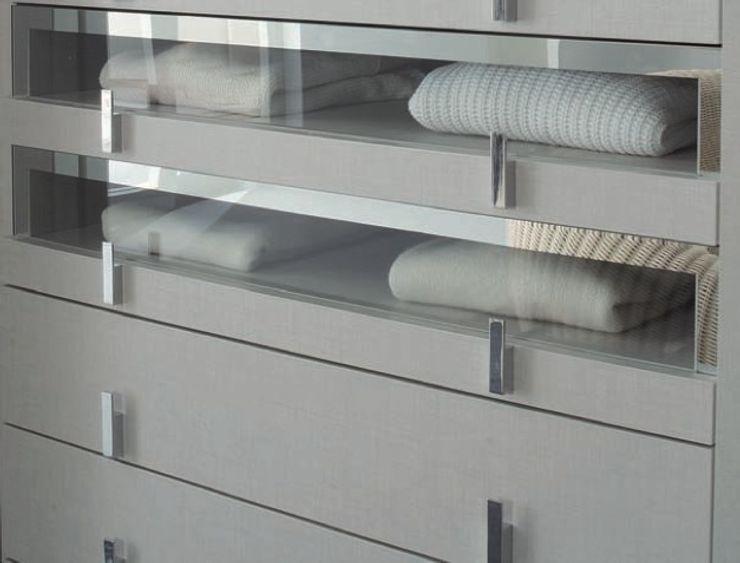 Linen Walk-in-wardrobes Lamco Design LTD DormitoriosArmarios y cómodas