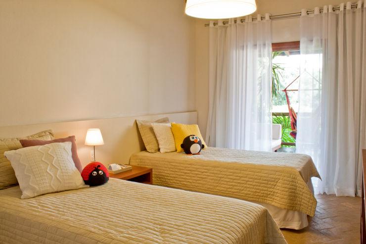 Renata Romeiro Interiores Dormitorios infantiles de estilo clásico