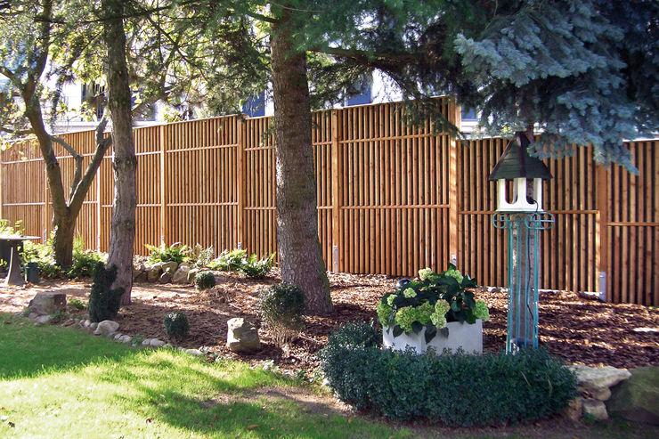Schallschutz Limes Braun & Würfele - Holz im Garten Moderner Garten Holz