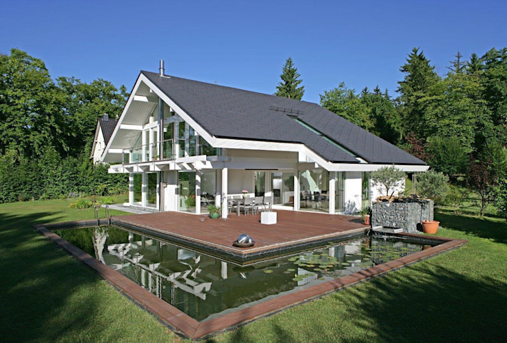 Das passende Haus zum Seerosen-Schwimmteich DAVINCI HAUS GmbH & Co. KG Moderne Häuser