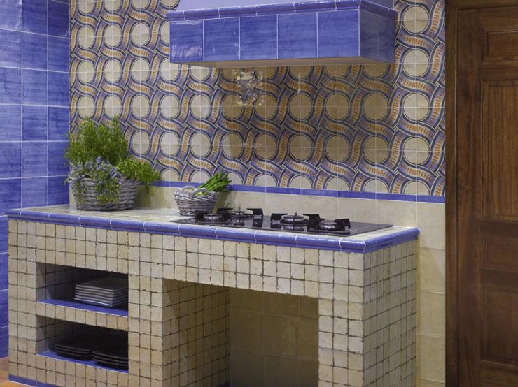 INTERAZULEJO Cucina in stile rustico