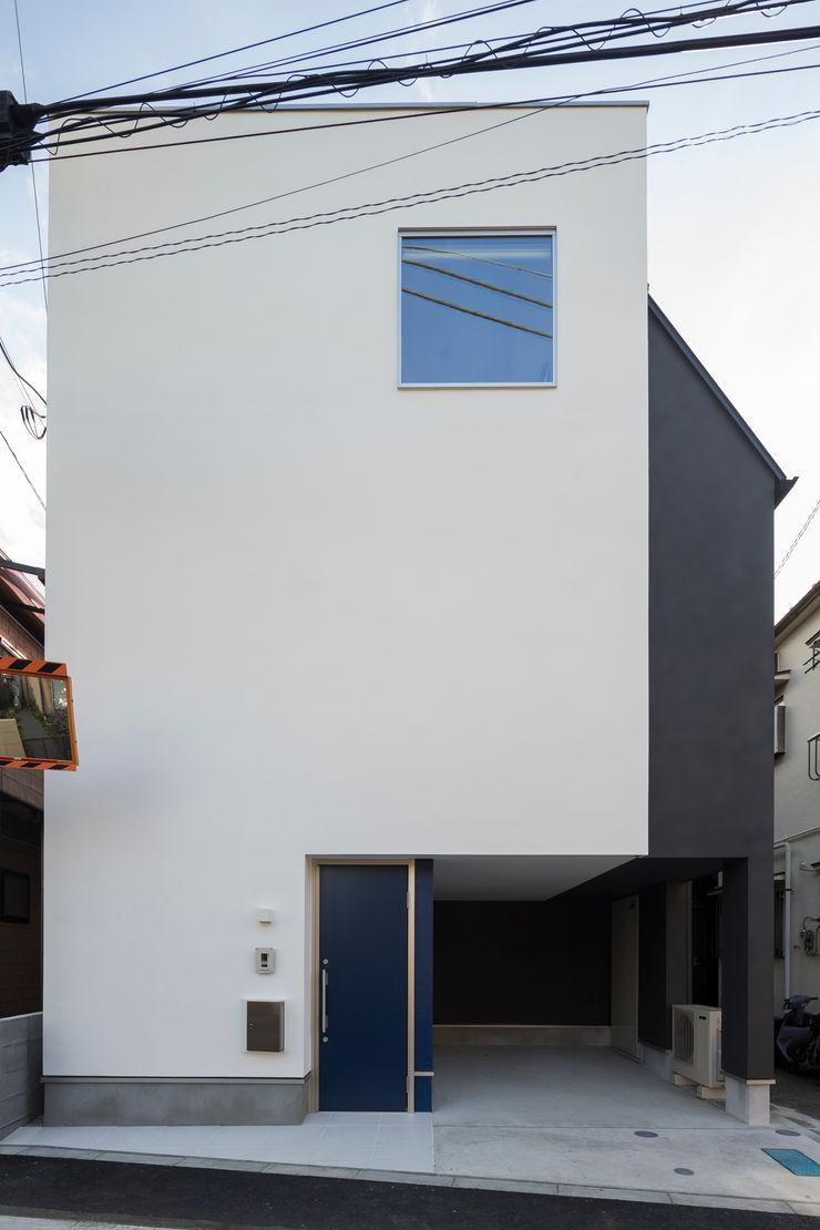 株式会社 建築集団フリー 上村健太郎 Дома в стиле модерн