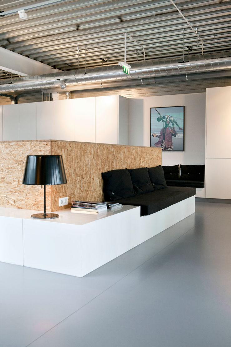Binnenvorm Офісні приміщення та магазини