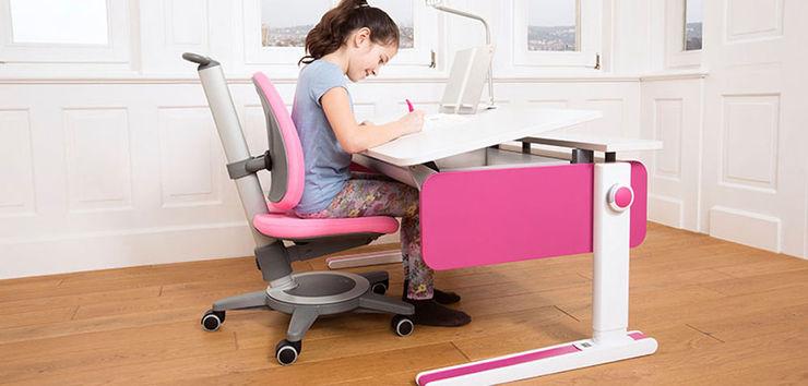 Kinderzimmerhaus Nursery/kid's roomDesks & chairs