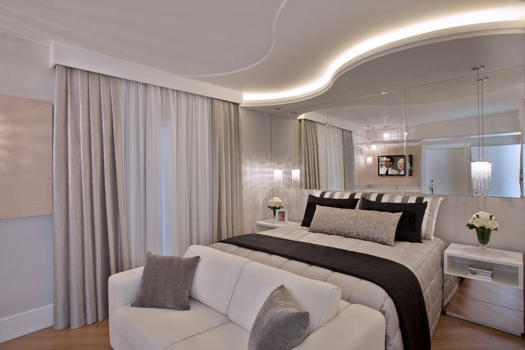 Designer de Interiores e Paisagista Iara Kílaris Chambre moderne