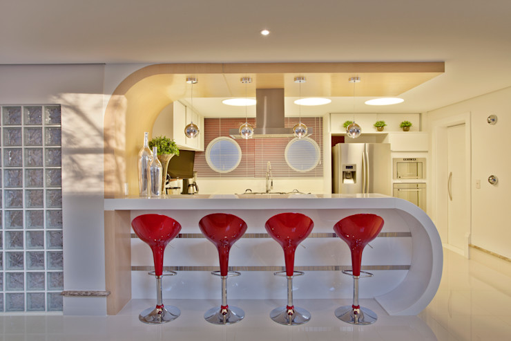 Designer de Interiores e Paisagista Iara Kílaris Modern style kitchen