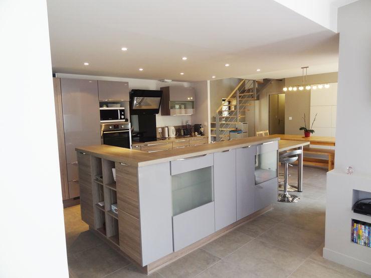 atelier 742 Cocinas de estilo moderno