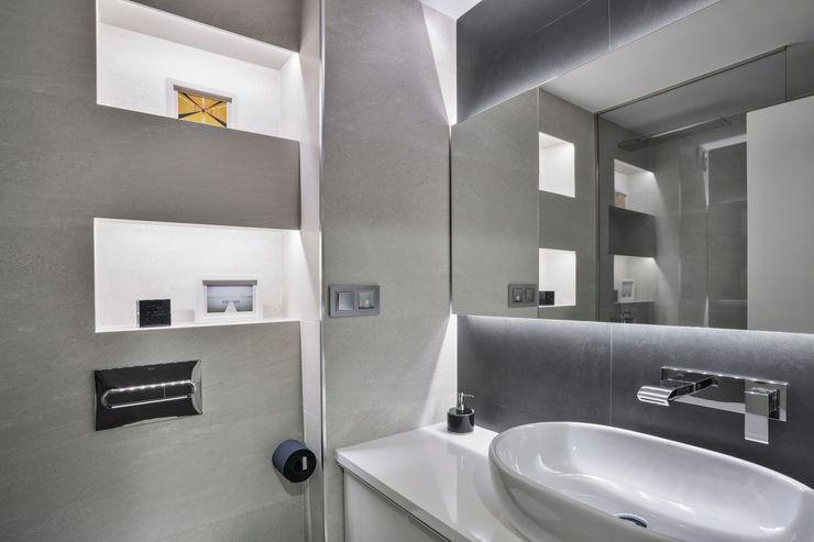 BAÑO L22 Space Maker Studio Baños de estilo moderno
