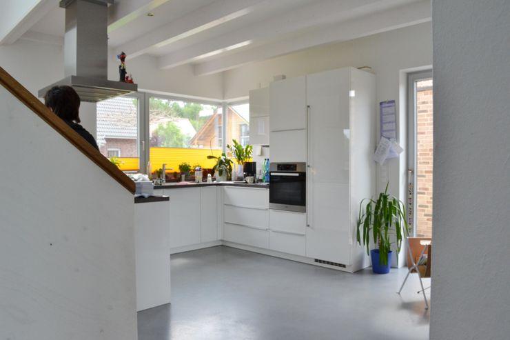 Küche arieltecture Gesellschaft von Architekten mbH BDA Moderne Küchen