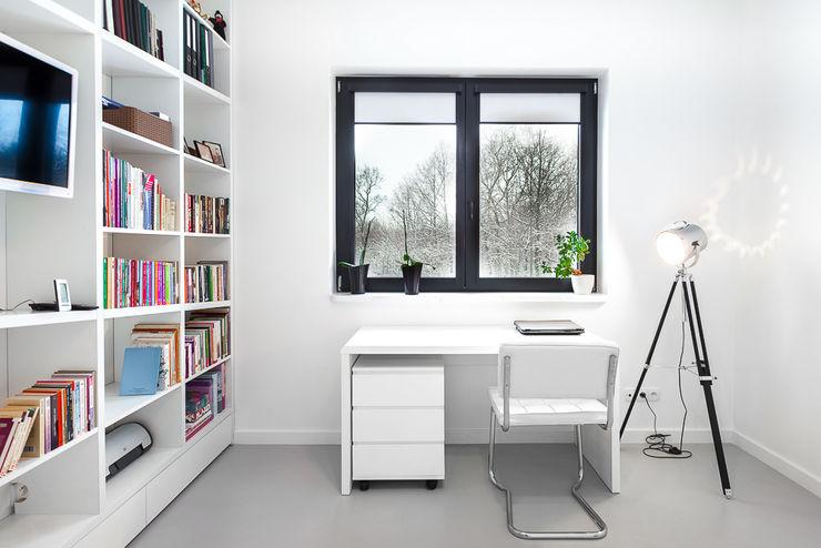 COCO Pracownia projektowania wnętrz Study/office