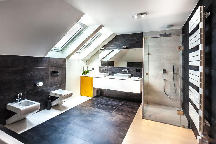COCO Pracownia projektowania wnętrz Minimal style Bathroom