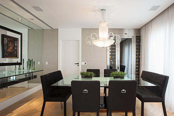 sala de jantar korman arquitetos Salas de jantar ecléticas
