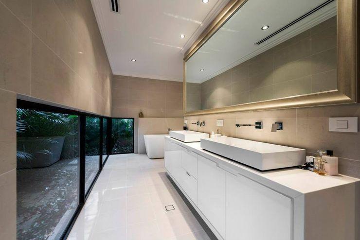 Bathrooms by Moda Interiors, Perth, Western Australia Moda Interiors Ванна кімната
