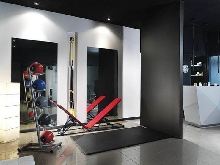 studio personal trainer monica giovannelli architetto Palestra in stile minimalista
