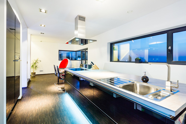 casaio | smart buildings Modern kitchen