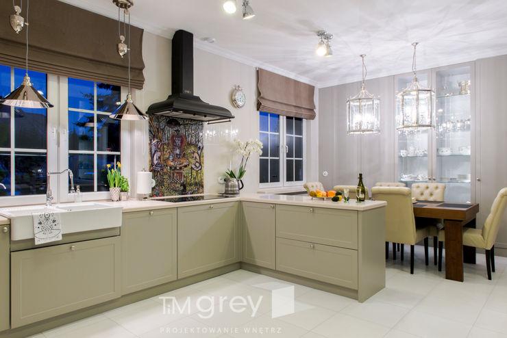 Classic Design – 230m2 TiM Grey Interior Design Klasyczna kuchnia
