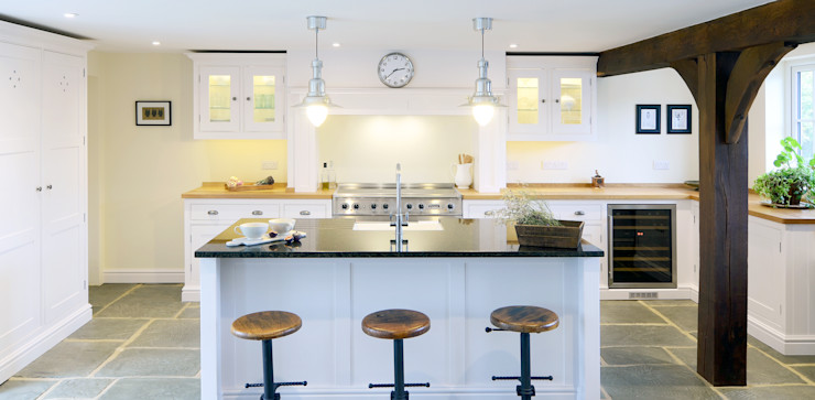 Our Classic Range kitchen in a Sussex Barn Home Simon Benjamin Furniture Kitchen