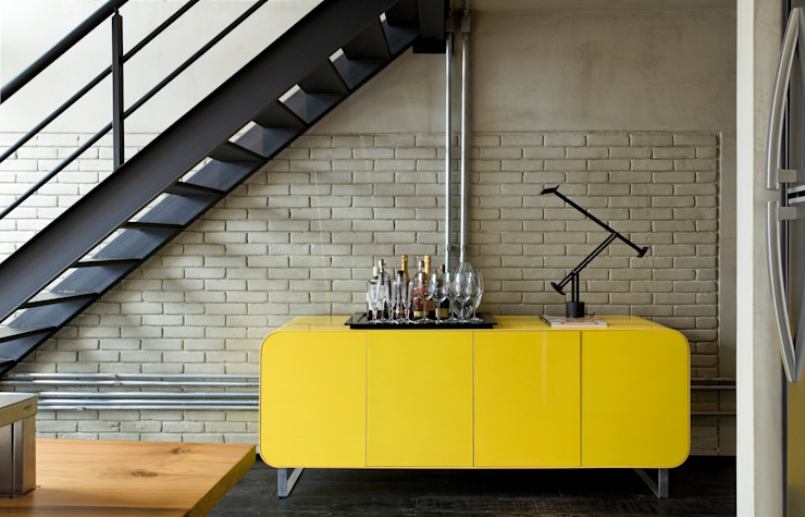 Industrial Loft DIEGO REVOLLO ARQUITETURA S/S LTDA. Corredores, halls e escadas industriais