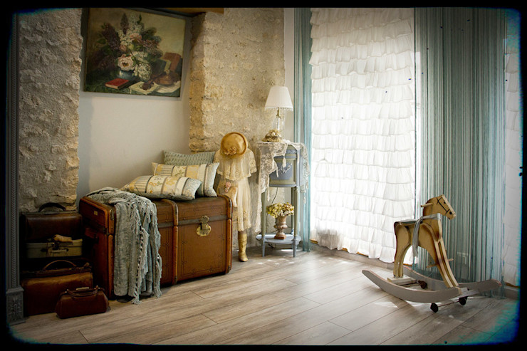 Maurine Tric BedroomAccessories & decoration