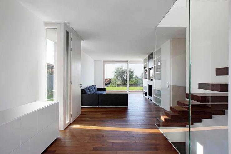 Casa LP Studio Gerosa Soggiorno moderno
