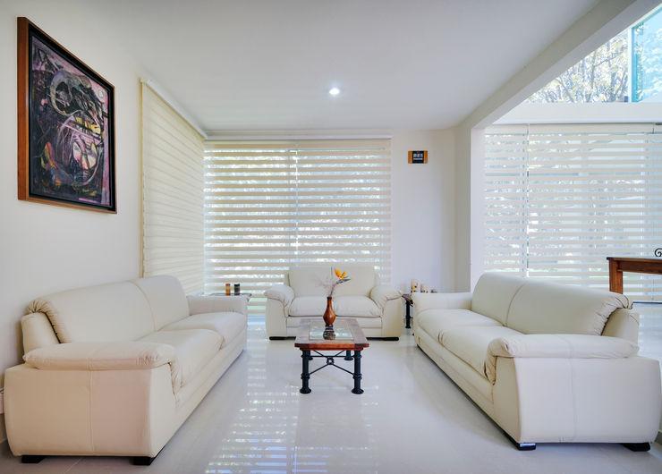 Excelencia en Diseño 现代客厅設計點子、靈感 & 圖片