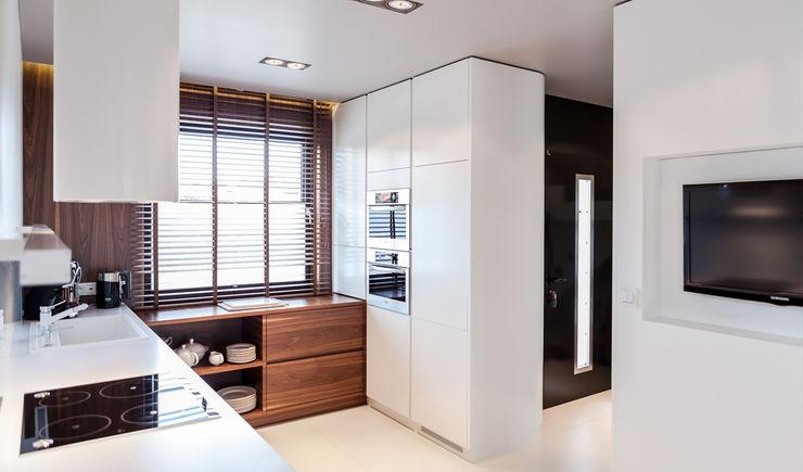 Anchal Anna Kuk-Dutka Modern kitchen