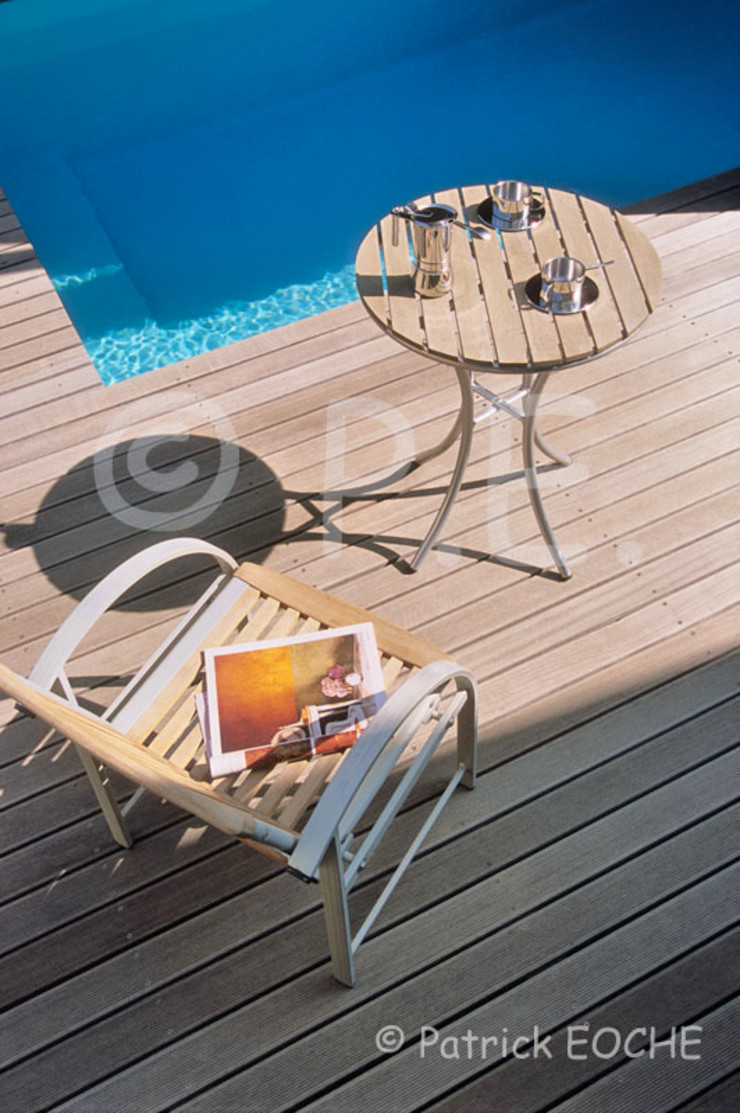 patrick eoche Photographie d'architecture Modern style balcony, porch & terrace