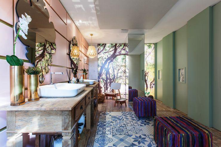 Orlane Santos Arquitetura 트로피컬 욕실