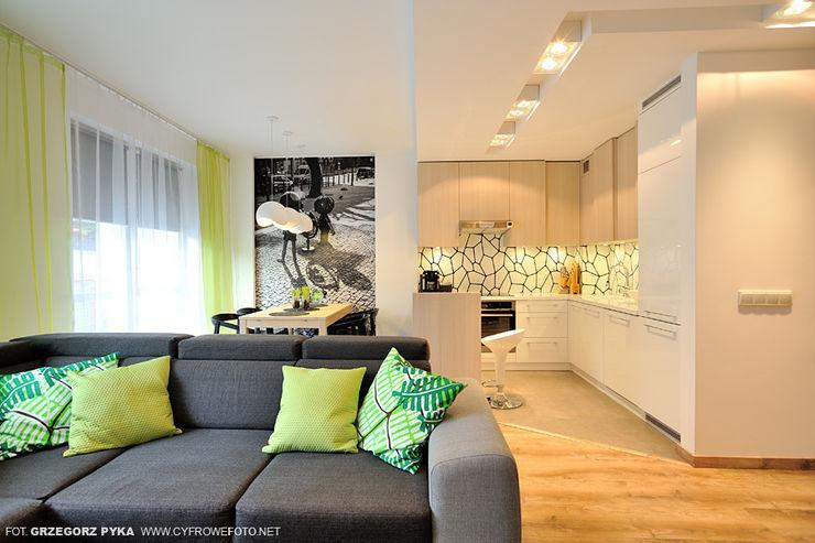 Projekt Kolektyw Sp. z o.o. Scandinavian style living room