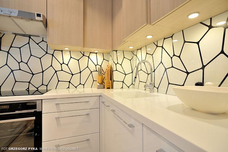 Projekt Kolektyw Sp. z o.o. Scandinavian style kitchen