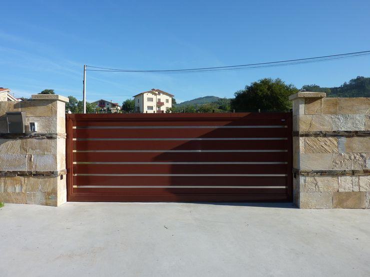 Puertas Lorenzo, s.a Modern windows & doors