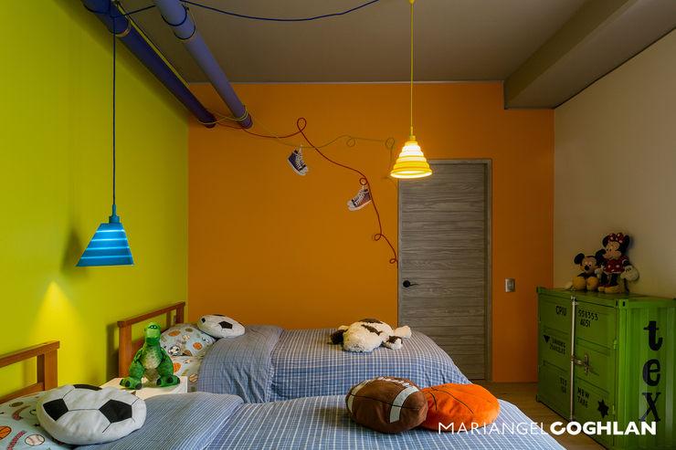 Recámara niño MARIANGEL COGHLAN Dormitorios infantiles modernos: