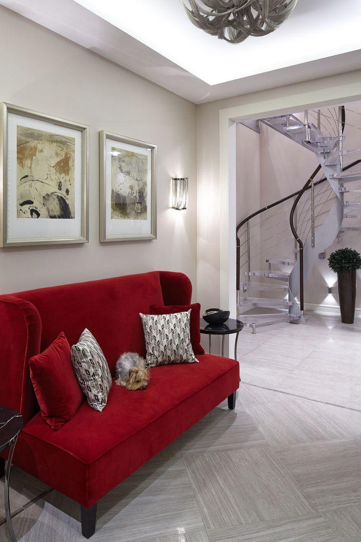 D&A INTERIORS Corredores, halls e escadas modernos