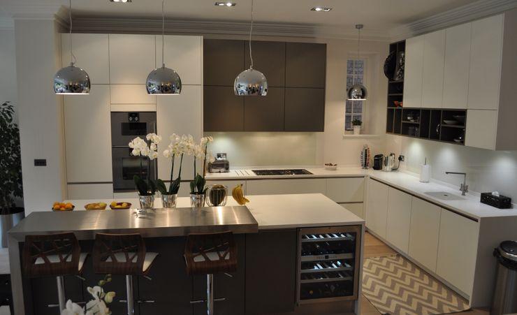 Credition Hill - Hampstead, London NW3 Hampstead Kitchens CocinasEstanterías y despensas