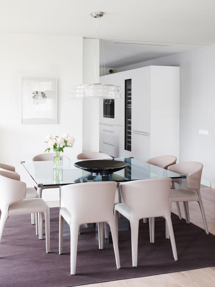 Comedor A! Emotional living & work Comedores de estilo minimalista