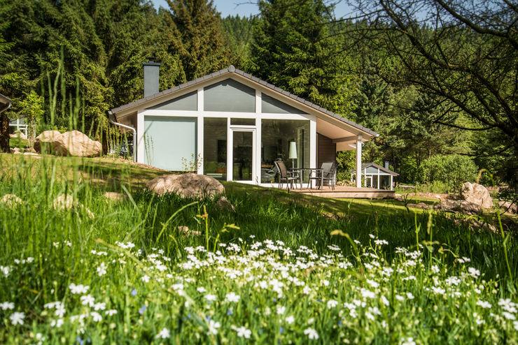 Eine exklusive Urlaubsarchitektur erwartet Sie in der Ferienhaus Lichtung im Thüringer Wald Ferienhaus Lichtung im grünen Herzen Deutschland Moderne Häuser
