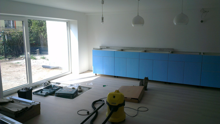 Kuchnia w garażu - Jaworzno - Krok 5 Bednarski - Usługi Ogólnobudowlane