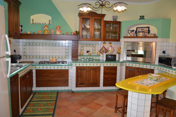Fazzone camini Fazzone camini Cucina in stile rustico